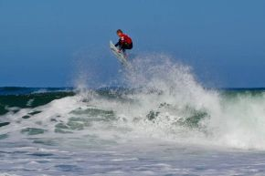 Pro Junior standout, Dale Staples (St Francis Bay) takes to the air as en route to an impressive heat win on Day 1 of the Billabong Pro Junior Vic Bay.