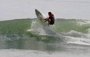 Andre Malherbe (East London) hits the lip during Friday's action at the ISA World Masters Surfing Championships in El Salvador. Malherbe won two consecutive repecharge heats to move into the last 12 in the Grand Masters (O/40) division.