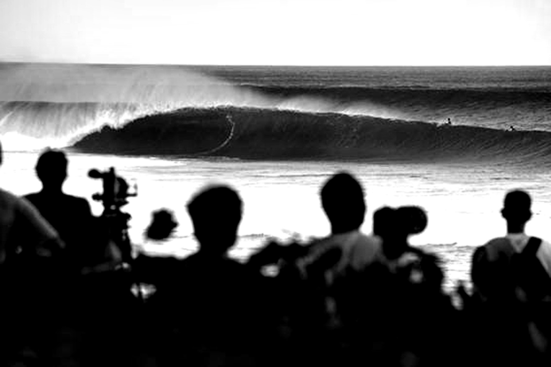 cfe758ab79f869 The Banzai Pipeline in all its glory awaits the world s best surfers for  the 2011 Billabong Pipe Masters in honour of the late Andy Irons.