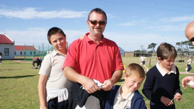 Cameron (Grade 6) and Nathan (Grade 0) with their Dad, Bob Harcus
