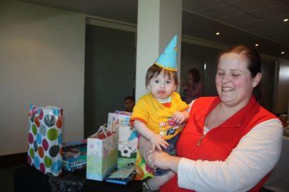 kate's kid's birthday 008