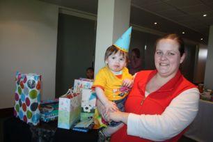 kate's kid's birthday 009