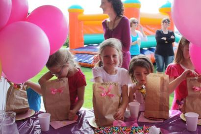 Chantelize Blaauw celebrated her 7th birthday at St Francis Links today. Photos: Bev Mortimer