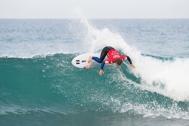 Australiaa's Mark Occhilupo (Occhy) in action at JBay today Photo by Craig Jarvis
