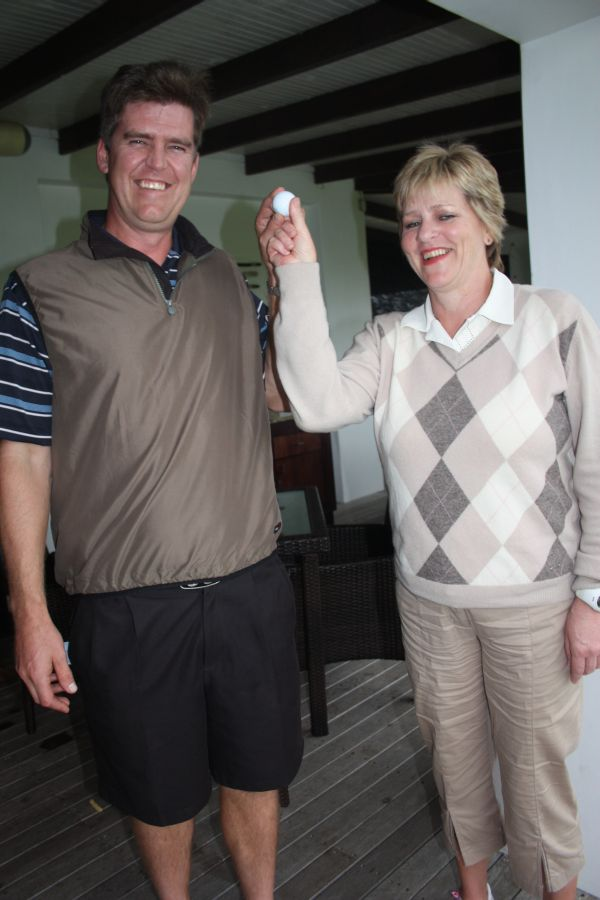 MJ du Bruyn and Renee Botha, St Francis Bay golfers who aced it in the lasy four weeks
