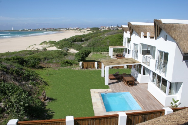 Luxury 5-star Beachbreak at Cape St francis Resort