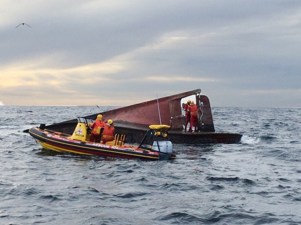 NSRI Simonstown volunteers at the floating wreck