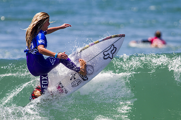 Caroline Marks (USA) placed second in her semifinal heat today and has advanced to the final of the Van's U.S. Open of Surfing Junior Womens Pro.