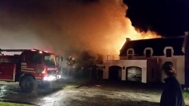 house burning 2